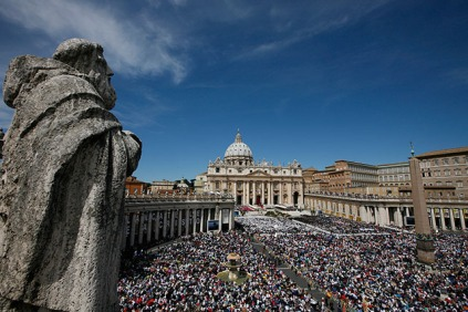 People pack St. Peter's Square at the Vatican for the beatification Mass of Pope John Paul II May 1. Police said that more than 1 million people were gathered in and around the Vatican for the ceremony. (CNS photo/Paul Haring) (May 1, 2011)